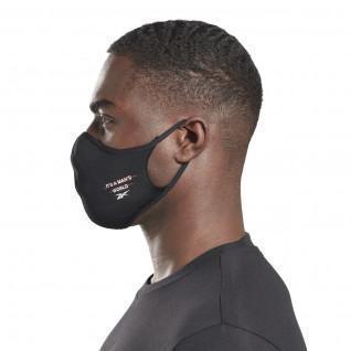 Große Maske von Reebok